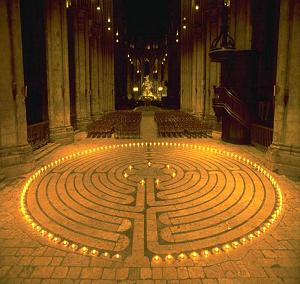 The Spiraling Spiral in Chartres Cathedral